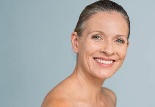 Soin visage pour peau mature au Luxembourg